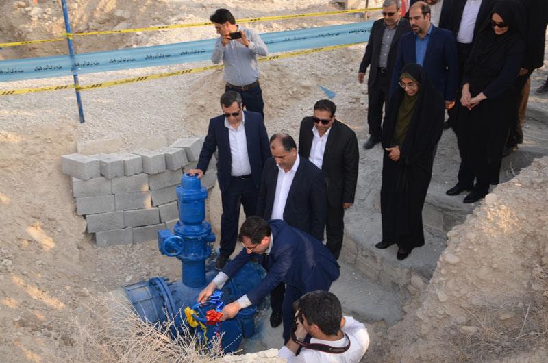افتتاح خط انتقال آب از مخزن کنگان به شهرک ها