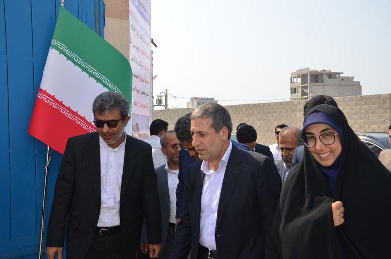 افتتاح طرح آبرسانی شهر نخل تقی در شهرستان عسلویه